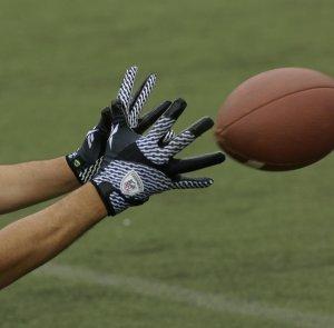 handsfootball